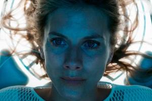 Netflix выпустил трейлер фанатического фильма про искусственный интеллект